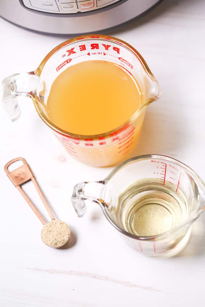 chicken broth, white wine and House seasoning blend