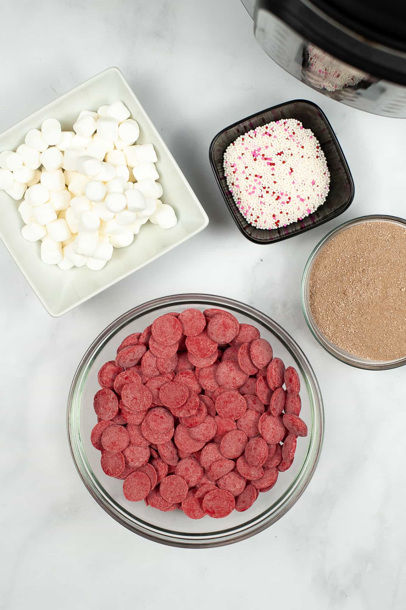 Ingredients for how to make hot chocolate bombs