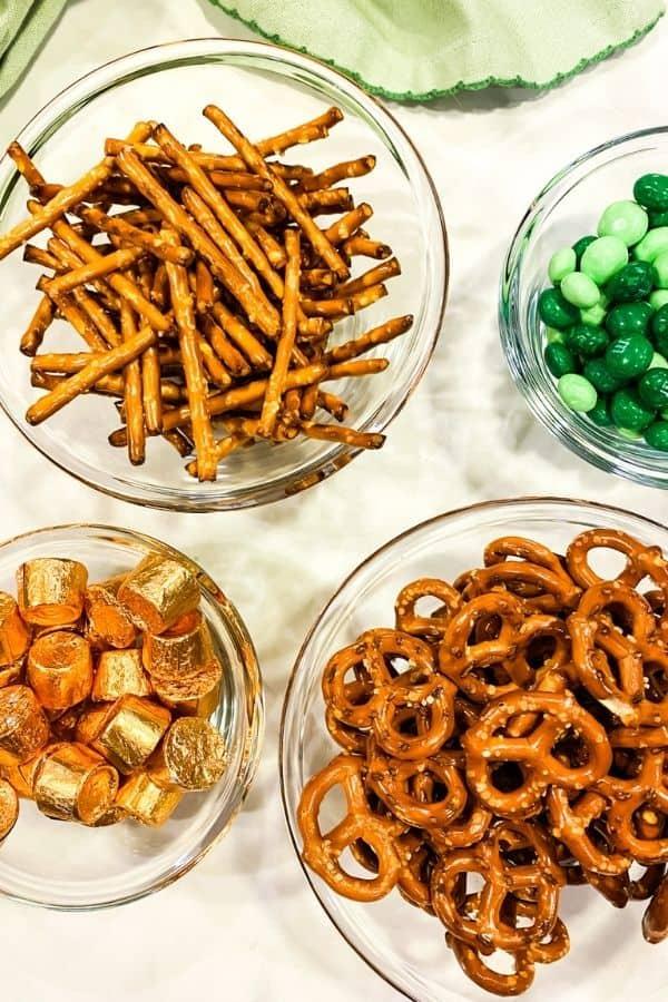 Ingredients necessary for shamrock pretzels