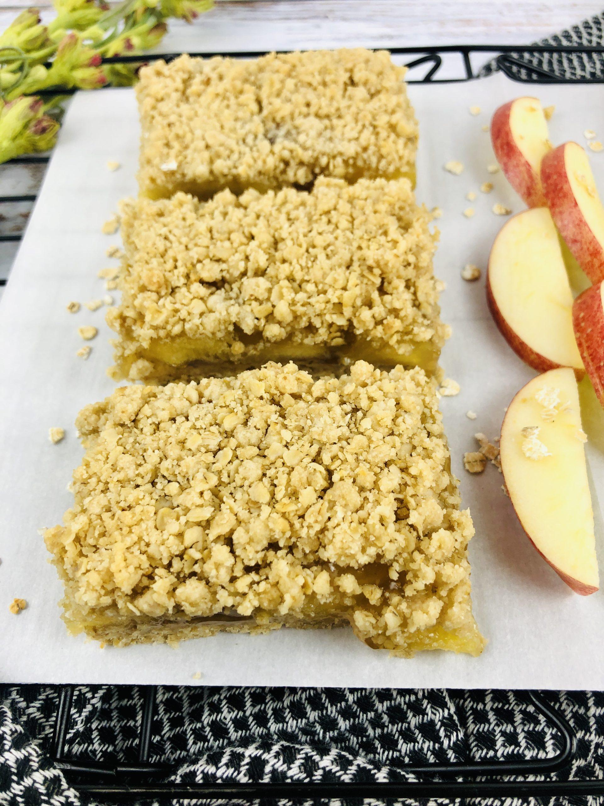 Close up of Apple Crisp Bars on a plate.